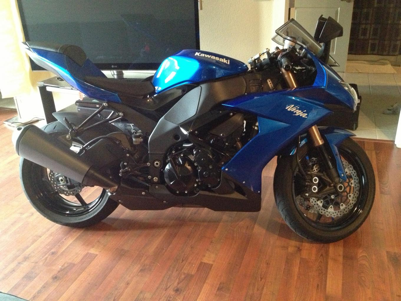 Gen 3: 2008 Kawasaki ZX10R-Candy Plasma Blue-Denver, CO