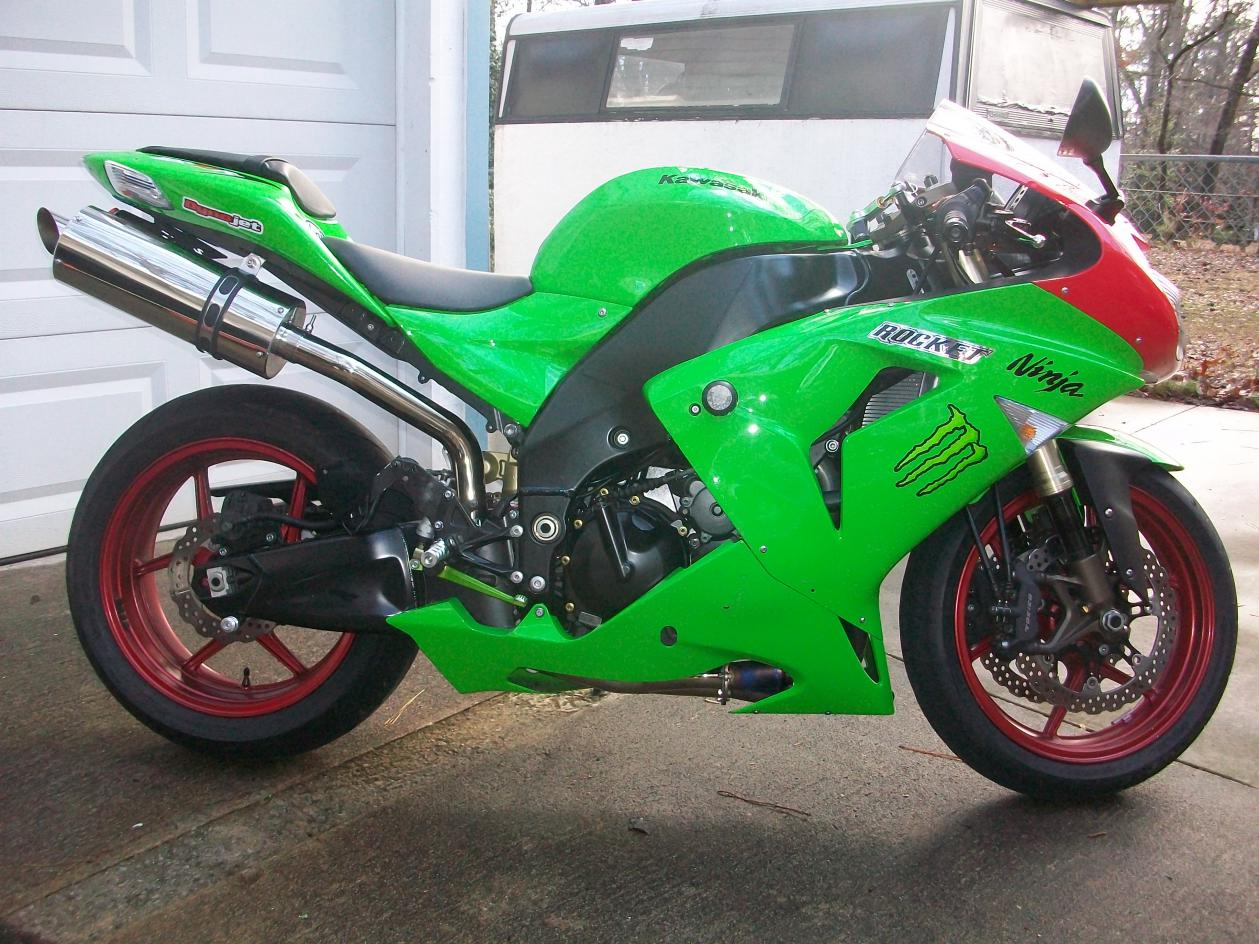 Click image for larger version  Name:zx10r feb 2011.jpg Views:598 Size:198.7 KB ID:142973