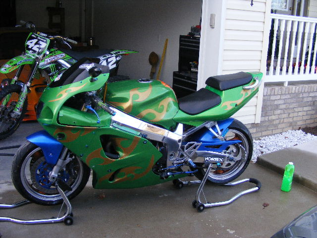 Click image for larger version  Name:ZX7R 001.jpg Views:1472 Size:90.4 KB ID:86470