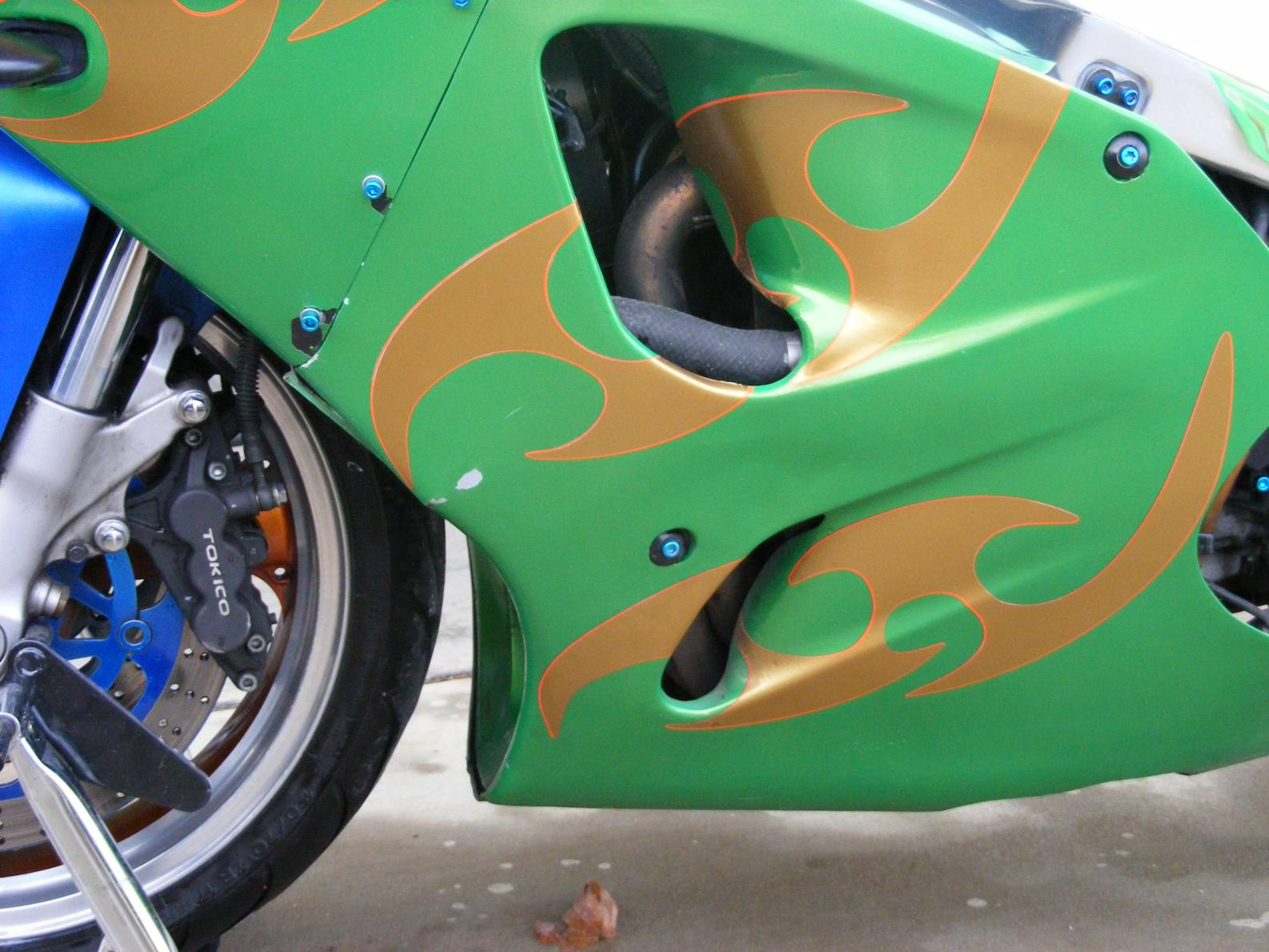 Click image for larger version  Name:ZX7R 005.jpg Views:995 Size:192.2 KB ID:86474