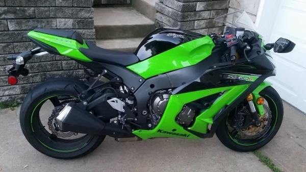 Showcase cover image for mandrews2992's 2013 Kawasaki ZX10R