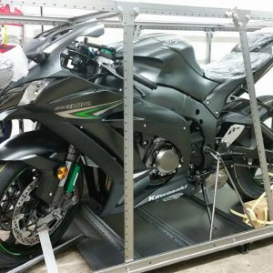 My New 2016 Ninja Zx10r Abs In Crate